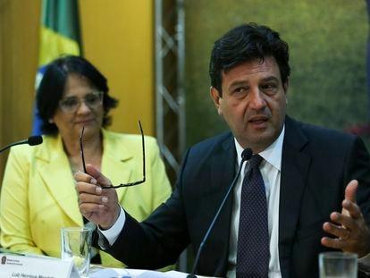 Damares Alves e Luiz Henrique Mandetta, em setembro de 2019.