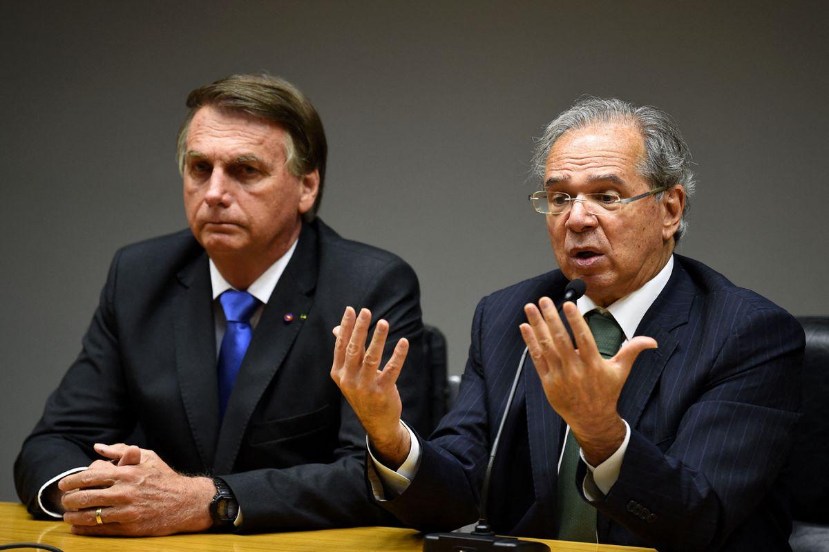 Escalada eleitoreira de Bolsonaro balança Guedes no cargo e ameaça implodir a economia brasileira