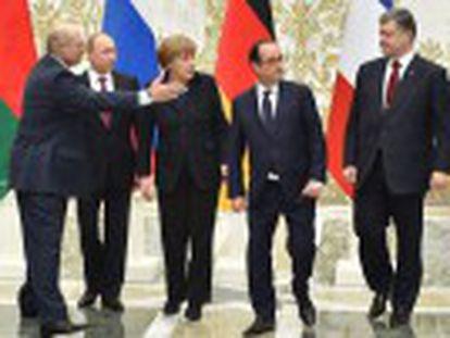 Putin e François Hollande confirmam pacto para interromper as ações armadas entre as tropas de Kiev e os rebeldes pró-russos