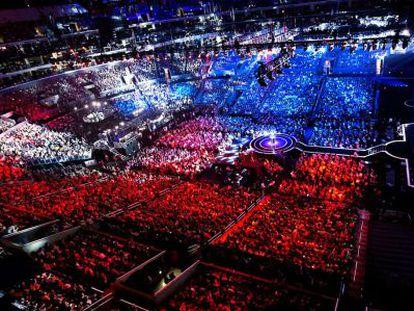 Milhares de pessoas durante a final de 'League of Legends' na Coreia.