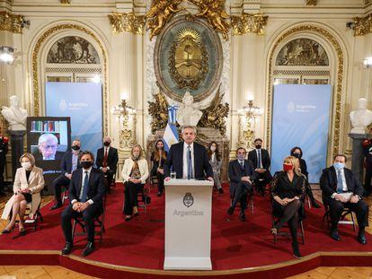 O presidente da Argentina, Alberto Fernández, apresenta um projeto de reforma da Justiça, na Casa Rosada.