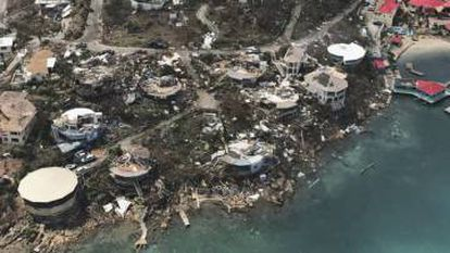 Vista aérea dos estragos causados pelo Irma nas Ilhas Virgens.
