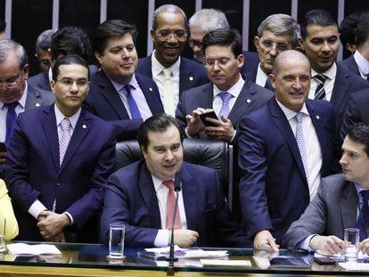 Deputados no plenário da Câmara nesta sexta.