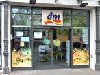 Una tienda de la droguería dm en Friedberg, cerca de Fráncfort, en Alemania.