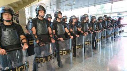 A Força Tática no Centro Paula Souza.