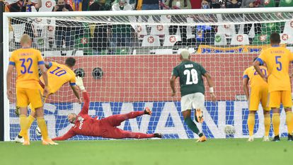 O Tigres marca seu gol contra o Palmeiras neste domingo, 7 de fevereiro, pela semi-final do Mundial de Clubes.