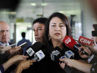 A senadora Katia Abreu, relatora da Comissão dos Supersalários.