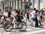 25/06/2021 - Barcelona - Bicicletas en la Plaza de Cataluña que carece de carril bicis.  Foto: Massimiliano Minocri