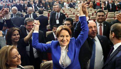 A nacionalista Meral Aksener