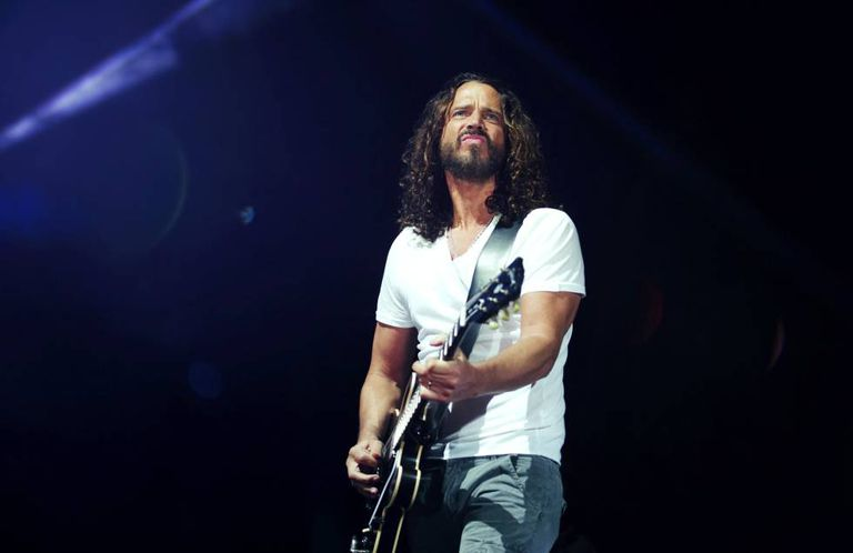 Chris Cornell, durante um show do Soundgarden.
