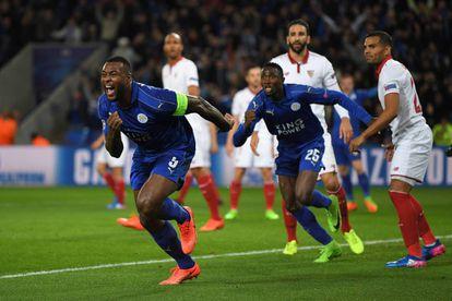 Morgan comemora seu gol contra o Sevilla.