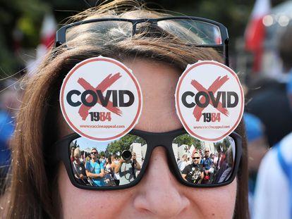Pessoas participam da marcha 'Fim da Pandemia' na Polônia, em 12 de setembro de 2020.