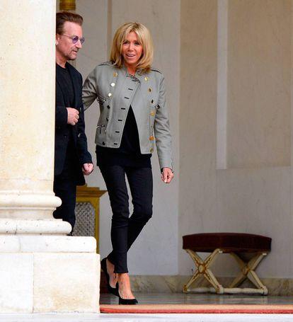 Brigitte Macron com Bono, do U2.