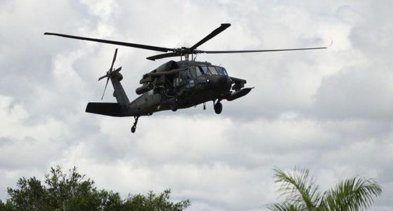 Um helicóptero das forças armadas colombianas em 21 de novembro.
