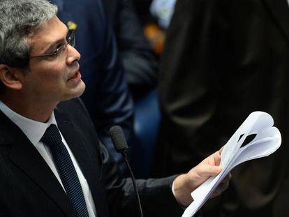 Senador Lindberg Farias na sessão do impeachment.