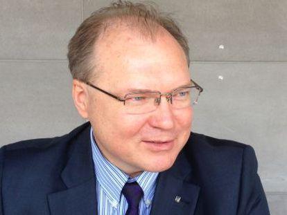 O embaixador ucraniano para a região, Ruslán Spírin.