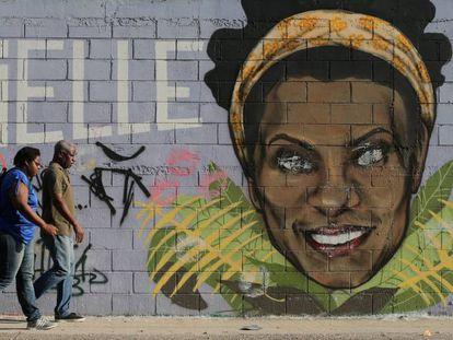 Um mural em homenagem à vereadora Marielle Franco.