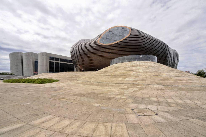 Museu futurista construído em Kangbashi.