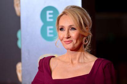 J. K. Rowling, no prêmio Bafta realizado em Londres em 2017.