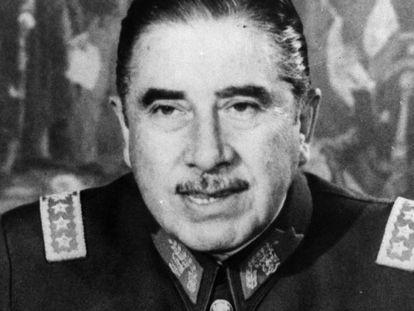 O ditador chileno Augusto Pinochet.