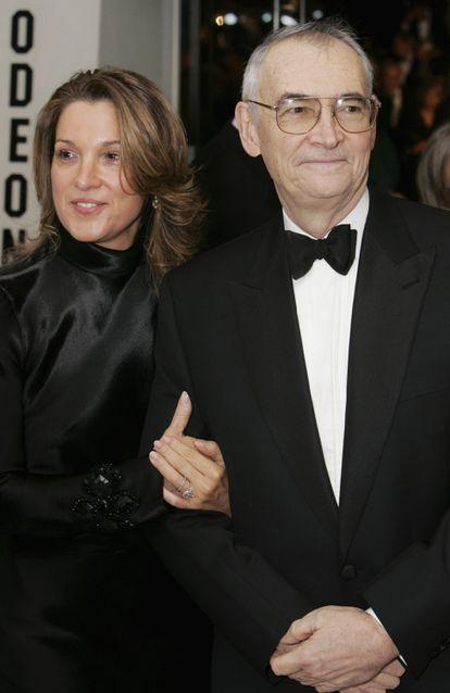 Barbara Broccoli e Michael G. Wilson na estreia em Londres de '007 - Cassino Royale' em 2006. / DAVE HOGAN / GETTY IMAGES