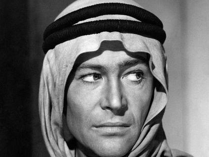 Peter O'Toole caracterizado como Lawrence da Arábia (1962).