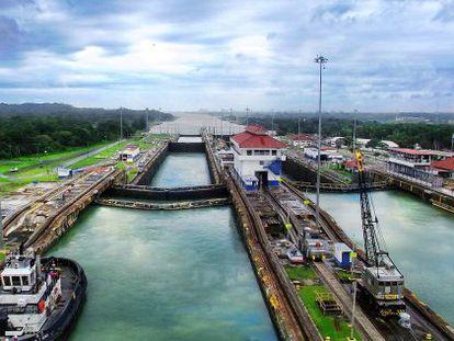 Vista das eclusas do Canal do Panamá.