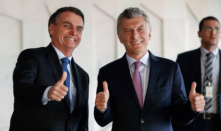 Bolsonaro recebe Macri em Brasília, em janeiro deste ano.
