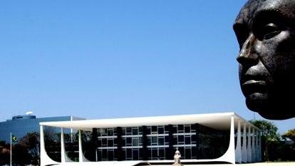 A fachada do STF, em Brasília.