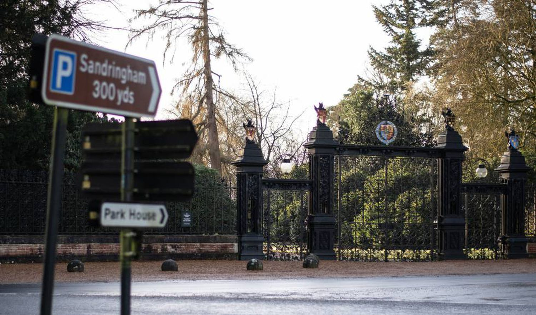 Porta de Norwich da residência de Sandringham, na Inglaterra, nesta segunda-feira.