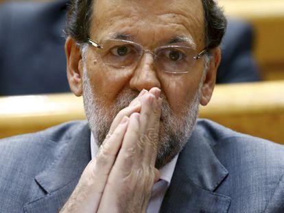 Premiê espanhol pede perdão pela corrupção