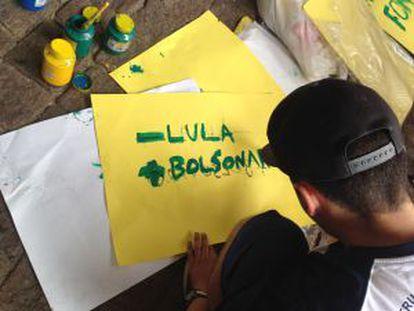 Um dos cartazes do protesto.