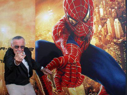 Stan Lee em lançamento do filme do Homem-Aranha, em 2004.