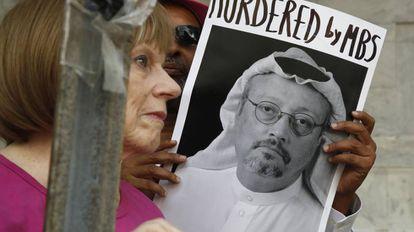 Protesto em frente à Embaixada saudita em Washington depois do desaparecimento de Jamal Khashoggi