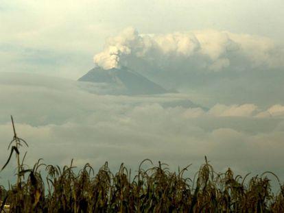 O vulcão Popocatépetl, em 27 de setembro de 2017.