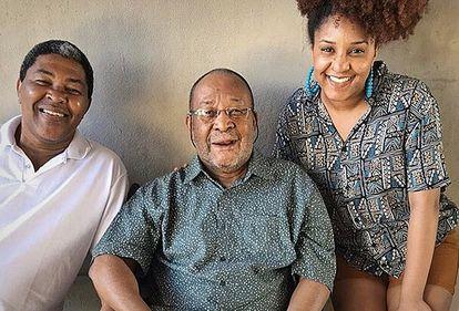 Antonio, Vicente e Jéssica, três gerações da família Silva.