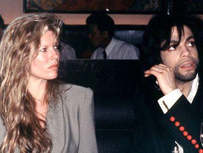 Kim Basinger e Prince quando estavam juntos, em 1988.