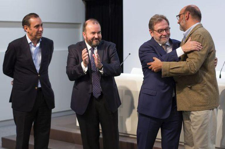 Da esquerda: Manuel Mirat, José Luis Sainz, Juan Luis Cebrián e Fernando Abril-Martorell
