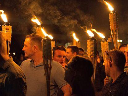 Grupo racista em Charlottesville