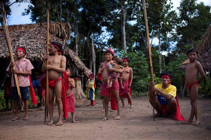 Comunidade Yanomami na fronteira do Brasil com a Venezuela.