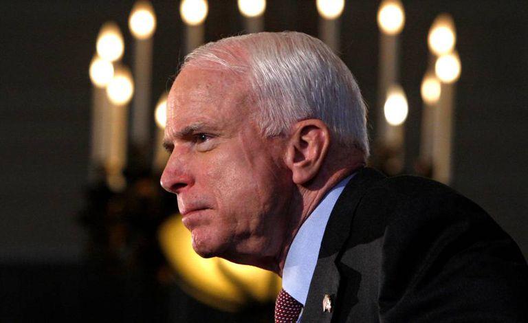John McCain, durante um discurso em 2008, em Ottawa (Canadá).