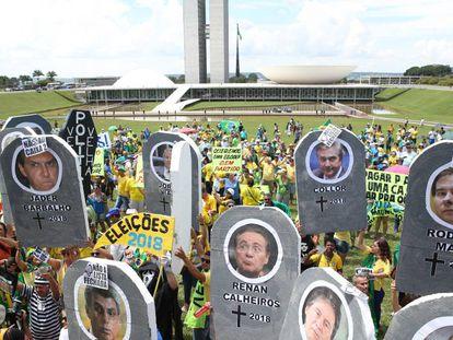 Manifestação em apoio à Lava Jato no início do ano passado.
