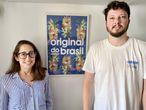 Yasmin Narcizo y su esposo, André Vieira, ambos inmigrantes brasileños, este jueves en Lisboa. / F. S.