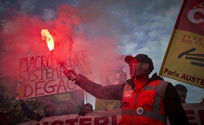 Manifestação em Paris contra a reforma da previdência, em 10 de dezembro.