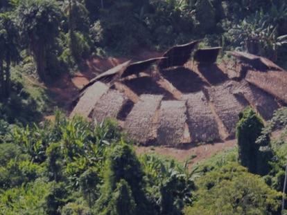 """""""A 12 Km"""": indígenas Yanomami isolados nunca viram o garimpo tão próximo"""