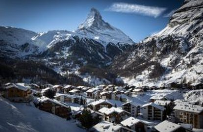 O perfil do Matterhorn visto de Zermatt (Suíça).