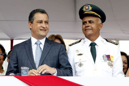 O governador baiano, Rui Costa, e o comandante da PM.