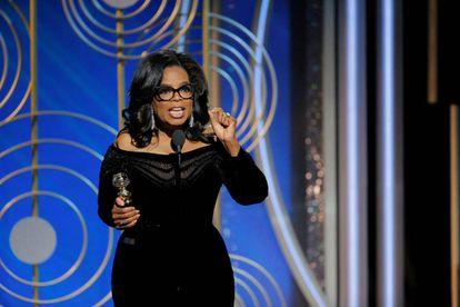 Oprah Winfrey durante o seu discurso (legendas do vídeo em espanhol).
