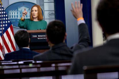 A porta-voz da Casa Branca, Jen Psaki, durante entreviata coletiva em 27 de abril.