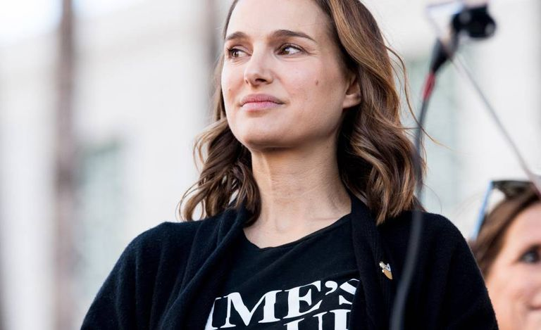 Actress Natalie Portman attends the march of the women in the Los Angeles area.